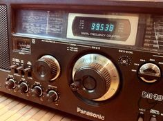 NATIONAL PANASONIC DR-49 Radios, Radio Antique, Poste Radio, Ham Radio Operator, Old Technology, Short Waves, Transistor Radio, Record Players, Old Tv