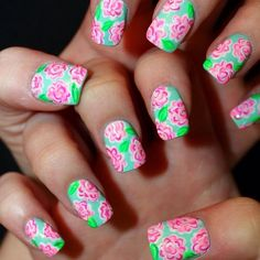 I LOVE this Lilly Pulitzer inspired nail art, I tried this design on my own nails and it turned out to be really simple!