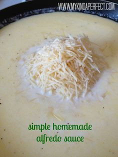 my kinda perfect: sunday yumday!  simple homemade alfredo sauce.  easy and delicious