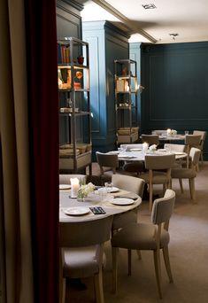 La Tulipe es el nombre de un nuevo establecimiento que ha aterrizado en el panorama gastronómico madrileño con fuerza y personalidad. Se trata de un bistró francés, ubicado en una de las esquinas más emblemáticas de Madrid: la de las calles Serrano y Diego de León. La Tulipe, con 300 metros de local, divididos en …