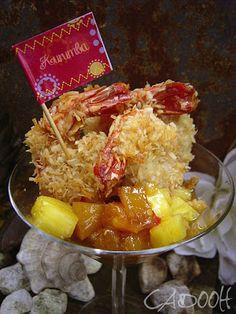 Kurumba-Tandoori-Garnelen auf einem gekühlten Ananas-Orangen-Chutney