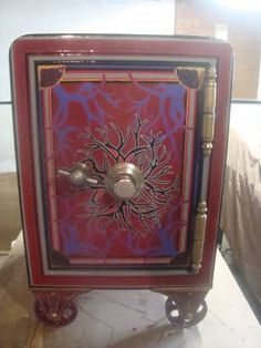 FULLY RESTORED HAND PAINTED FULLY OPERATIONAL ANTIQUE SAFE CIRCA 1905 for Sale in Milford, Connecticut Classified | AmericanListed.com