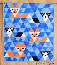 Baby Quilt Pattern, PDF, Instand Download, Triangle quilt, KONA Solids, modern patchwork, blue, orange, black, grey.