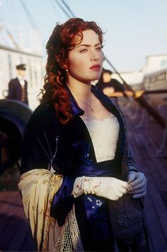 Kate Winslet is another pretty girl.....loved her hair in this movie, she does red so well.