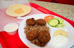 We found two new affordable restaurants in Lincoln Park. Both are walking distance from all PPM Lincoln Park Buildings and we think are great values! Check out the Great Falafel! #chicagoeats #resturantblogs #chicagofoodies