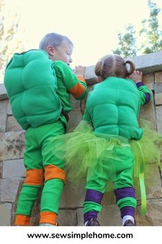 Full step by step tutorial on how to make your own Teenage Mutant Ninja Turtles costumes.  Great for Halloween or just as fun pajamas all year long. Halloween Sewing, Halloween Crafts For Kids, Halloween Projects, Halloween Fun, Halloween Costumes, Shredder Costume, Ninja Turtle Shells, Turtle Costumes, Christmas Pjs