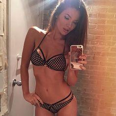 http://www.haxx.fr/#!product/prd1/3684497041/set-bikini-mesh-anneaux-r%C3%A9silles-bandage-ma79 #Beach bunny style