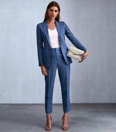pretty work outfits Work Attire Women, Casual Work Attire, Blazer Outfits For Women, Business Professional Outfits, Business Attire, Business Outfits, Business Casual, Work Fashion, Work Wear