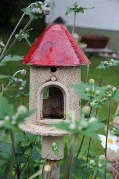 Best Images Slab Ceramics house Tips 1408387644 553 Pottery Kiln, Pottery Houses, Ceramic Houses, Ceramic Birds, Ceramic Clay, Ceramic Pottery, Pottery Art, Pottery Studio, Porcelain Ceramic