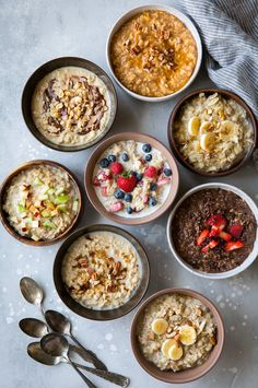 EIGHT delicious, warm morning oatmeal recipes! You'll never want plain oatmeal a… EIGHT delicious, warm morning oatmeal recipes! You'll never want plain oatmeal again! Each version is perfectly filling and full of flavor. Healthy Oatmeal Recipes, Healthy Breakfast Recipes, Healthy Snacks, Healthiest Breakfast, Healthy Oatmeal Breakfast, Instant Oatmeal Recipes, Best Oatmeal Recipe, Breakfast Cooking, Healthy Brunch