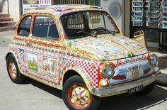 Fiat 500 | Photo by JohannBargeld on pixabay | Permission: cc0 http://creativecommons.org/publicdomain/zero/1.0/deed.de