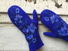 Купить Варежки колокольчики валяные шерсть шелк синий белый - цветочный, синий, колокольчики