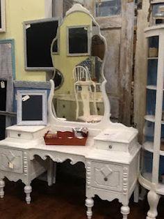 Hershey Brown, Vintage White & Destin Gulf Green