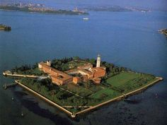 San Lazzaro, Armenian monastery on an island in Venice