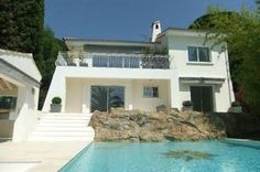 Luxury 2 Bed Garden Apartment For Sale in Cannes - Ref: 14150