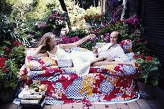 Slim Aarons, John Swope and Juergen Teller Depict the Hotel's Decadent History Slim Aarons, Picnic Blanket, Outdoor Blanket, Stealing Beauty, Juergen Teller, Holiday Places, Old Money, Attractive People, Hotel S