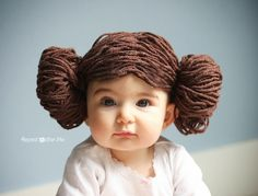 Princess Leia Yarn Wig Star Wars Costumes Repeat Crafter Me Halloween Bebes, Baby Halloween Costumes, Baby Costumes, Costume Leia, Costume Star Wars, Star Wars Party, Crochet For Kids, Crochet Baby, Princess Leia Wig