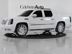 I M A Er For White With Nice Tint Escalade