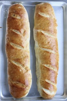 Diane's No Fail French Bread has a chewy texture, without being too dense. It's beautiful and golden. And the recipe makes two HUGE loaves! bread recipe Diane's No Fail French Bread Ma Baker, Ciabatta, Naan, Snacks, Artisan Bread, Bread Rolls, Dinner Rolls, Bread Baking, Bread Food