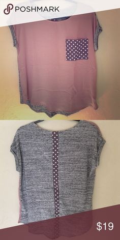NWOT Le Lis Pocket Tee size S Re-poshing because this top is too loose for me. Can fit a Medium. Never washed/worn. Slightly sheer front with a polka dot pocket. The back has a stripe of slightly sheer polka dot fabric. Comes from smoke/pet free home. Le Lis Tops Tees - Short Sleeve