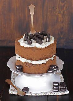 Tarta de chocolate con crema de queso y Oreos / Chocolate Cake with cheese cream and Oreos