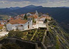 20%20paradas%20para%20descubrir%20el%20Alentejo Algarve, Portuguese, Places To Go, Mansions, House Styles, Travel, Beauty, Medieval Castle, Backpacking