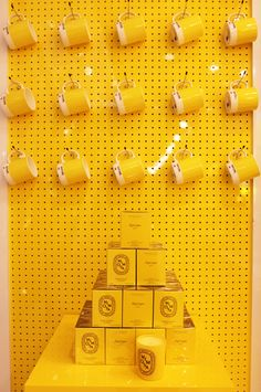 the big Yellow Shop - Freesia Pantone Yellow Shop, Shades Of Yellow, Mellow Yellow, Mustard Yellow, Black N Yellow, Yellow Fever, Yellow Submarine, Aesthetic Colors, Colour Board