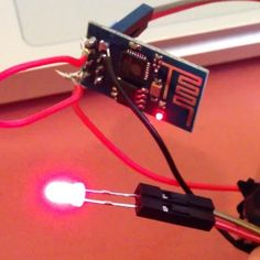 Wearable WiFi Finder Uses the ESP8266 #Technology