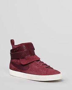 buy popular 8feab 3d658 Trendy Womens Sneakers  Nike High Top Sneakers - Blazer Twist Suede