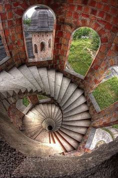 """The spiral staircase in """"The House, in Winter"""" (Spiral stairs inside the abandoned Łapalice Castle Poland Abandoned Castles, Abandoned Mansions, Abandoned Buildings, Abandoned Places, Haunted Places, Beautiful Architecture, Beautiful Buildings, Stairs Architecture, Beautiful World"""