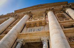 Bazilica Sf. Petru din Vatican  Bazilica Sf. Petru din Vatican, mai mult decât o catedrală - galerie foto.  Vezi mai multe poze pe www.ghiduri-turistice.info Vatican, Sf, Stairs, Home Decor, Stairway, Decoration Home, Room Decor, Staircases, Vatican City