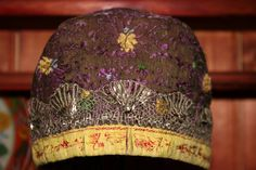 EUFEMIA: Jente dåpshua Beanie, Hats, Fashion, Moda, Hat, Fashion Styles, Beanies, Fashion Illustrations, Hipster Hat