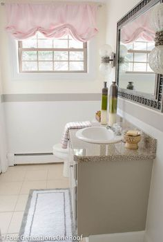 This three-color paint job gives the small bathroom a wonderful, bright visual appeal. Jessica Bruno of Four Generations One Roof shows how she painted that stripe easily and with little touch up. || @4gens1roof