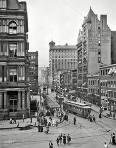 """Cincinnati circa 1912. """"Main Street from Fountain Square."""" With a nice view of the Blymyer Building. 8x10 glass negative, Detroit Publishing Co.  A marvelously busy photograph."""