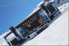 Bühnenaufbau für die Aufzeichnung von Deutschland sucht den Superstar 2015!  #dsds #ischgl #hotelbrigitte #DjAntoine #skiing #Heino #mandycapristo #DieterBohlen #dsds2015   www.hotel-brigitte-ischgl.at