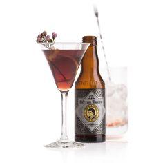 Martinez: 3 cl Gin oder Oude Genever, 6 cl roter Wermut, 1 BL Maraschino, 2 Dash Thomas Henry Tonic Bitters / Glas: Cocktailglas / Garnitur: Zitronenzeste