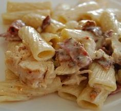 Pasta dishes recipes with bacon Bacon Recipes, Pasta Recipes, Chicken Recipes, Cooking Recipes, Healthy Recipes, Dishes Recipes, Pasta Dishes, Food Dishes, Chicken Bacon Pasta