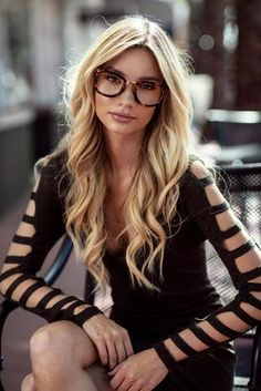 The Alchemist Eyeglasses, Rx & Anti Blue-light - Privé Revaux Blonde Long Layers, Brown Blonde Hair, Long Layered Hair, Long Hair Cuts, Long Hair Styles, 2015 Hairstyles, Ponytail Hairstyles, Middle Part Haircut, Glasses Frames Trendy