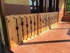 Precious Tips for Outdoor Gardens - Modern Trellis Fence, Fence Gate, Garden Gates And Fencing, Squirrel Art, Loft Room, Wooden Stairs, Diy Chicken Coop, Deck Railings, Real Plants