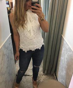 Sabe aquela blusa de renda que quando chega ? Acaba tudo rápido ! Blusa 99,90 P m g ⚜️VENDEMOS PRA TODO BRASIL ❤️️FAÇA SEU PEDIDO PELO 31-995290424⚜️31-999525078  FRETE GRÁTIS ACIMA 400,00   PAGAMENTO: cartões e depósito bancário ⏰Horário de funcionamento: WhatsApp é loja física /seg a sexta 9:00 às 19:00   sábado : 9:00 às 13:00 ⚜️⚜️⚜️⚜️⚜️⚜️⚜️⚜️⚜️⚜️⚜️⚜️⚜️⚜️#moda#roupa#look#blusa#life#amo#moda#barropreto#belohorizonte #d...
