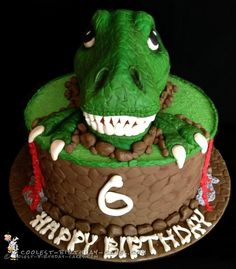 I made this T-Rex dinosaur birthday cake for a lucky little boy who was turning 6 years old and loves T-Rex dinosaurs! T-Rex Dinosaur Birthday Cake I. Dinosaur Cakes For Boys, Dinosaur Birthday Cakes, Diy Birthday Cake, Dinosaur Party, Dinosaur Cake Easy, 4th Birthday, 3 Year Old Birthday Cake, Birthday Ideas, Dinasour Cake