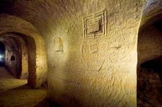 Osimo: an incredible underground Italian city connecting to modern day buildings