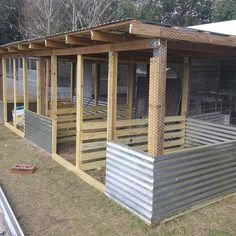 Building A DIY Chicken Coop If you've never had a flock of chickens and are considering it, then you might actually enjoy the process. It can be a lot of fun to raise chickens but good planning ahead of building your chicken coop w Backyard Chicken Coops, Chicken Coop Plans, Building A Chicken Coop, Diy Chicken Coop, Backyard Farming, Chickens Backyard, Chicken Pen, Small Chicken, Chicken Wire