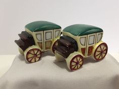 Vintage Covered Wagon Coach Salt & Pepper Shakers Ceramic. Wild West W/ Corks