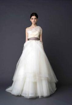 Vera Wang Bridal 2012 #bridal #thedress