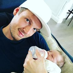 Pin for Later: 20 Stars Who Went From Boy Bander to Doting Dad Nick Carter, Backstreet Boys Nick became a dad when his wife, Lauren Kitt Carter, gave birth to their son, Odin Reign Carter, in April 2016.