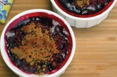 The best part of these Mini Blackberry Raspberry Cobblers (besides the awesome flavor) are that they are the perfect portion size to keep calories low! #blackberry #raspberry #cobbler #recipe