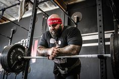 Brandon is always refining what it takes to bench more and more weight. Check out the latest and greatest iteration of the Cube Method for bench here.