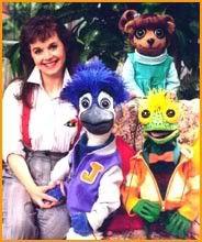 Under the Umbrella Tree. I fricken loved this show as a kid! Ich habe diese Show als Kind geliebt ! My Childhood Memories, Sweet Memories, Radios, Umbrella Tree, 90s Cartoons, 90s Nostalgia, 80s Kids, Ol Days, Kids Shows