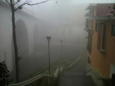 El Barrio de Xallitic lleno de la neblina típica de Xalapa, lunes 5 de noviembre de 2012.